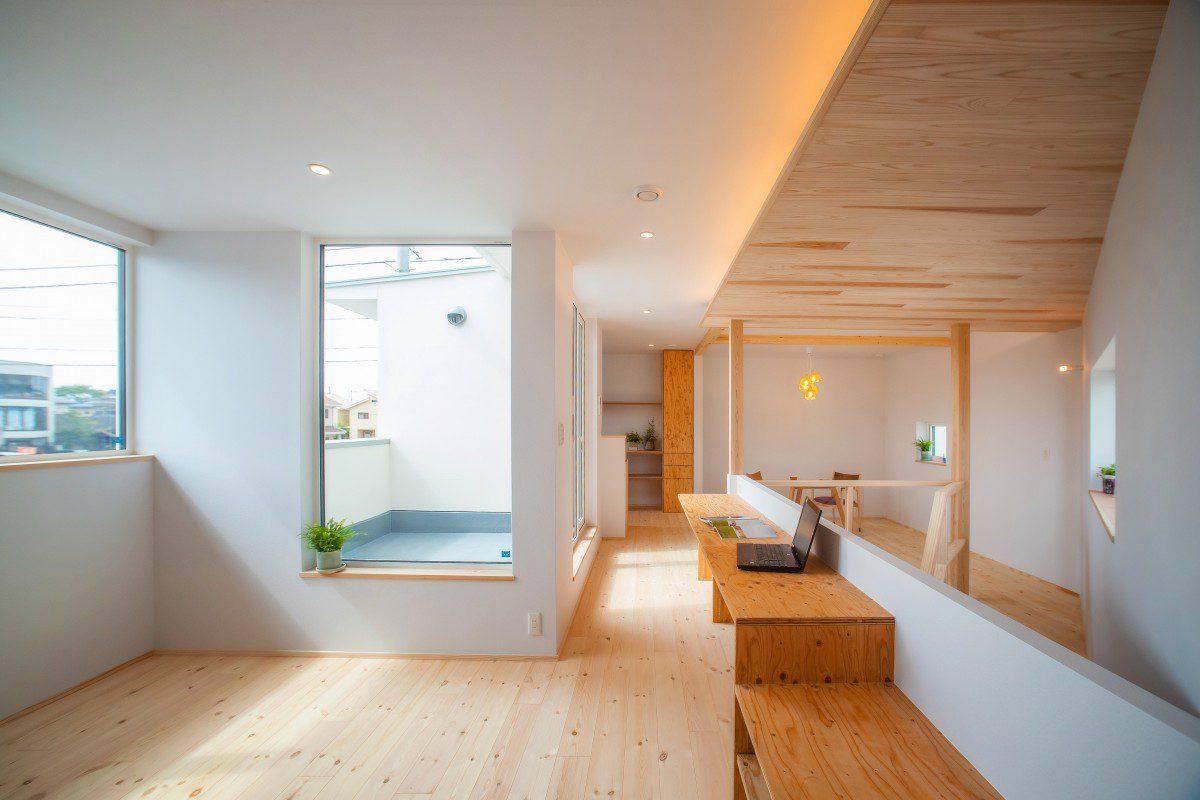 2階リビングでリラックスできる家 画像3