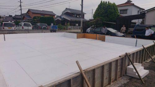 滋賀県より高性能で自然素材の家づくりを視察に来られました。